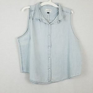 Sleeveless Denim Shirt  Light wash